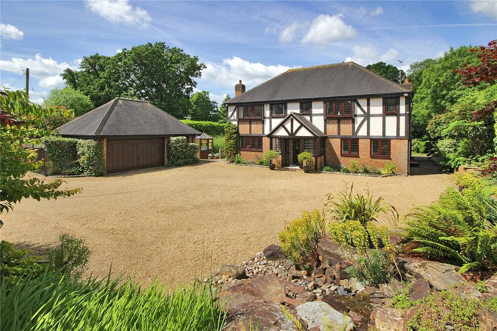 5 Bedrooms Detached House for sale in Roundwood Lane, Lindfield, Haywards Heath, West Sussex, RH16