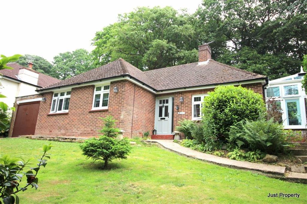 3 Bedrooms Detached Bungalow for sale in St Helens Avenue, Hastings