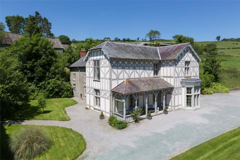 9 Bedrooms Country House Character Property for sale in Treburvaugh House, Monaughty, Nr Knighton, Powys