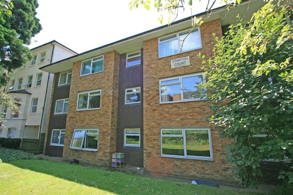 2 Bedrooms Flat for sale in Wanstead Road, BROMLEY, Kent