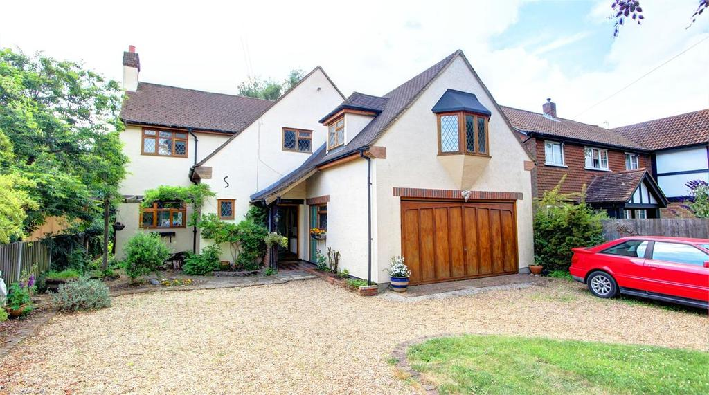 4 Bedrooms Detached House for sale in Highfield Road, Chislehurst, Kent