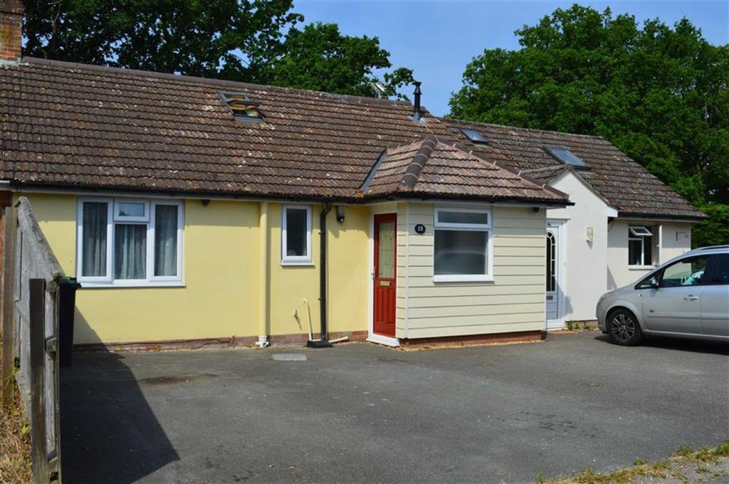 5 Bedrooms Chalet House for sale in Canford Bottom, Wimborne, Dorset