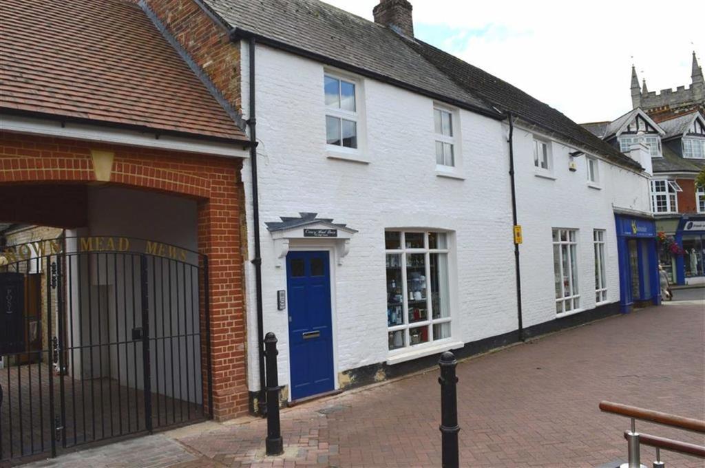 2 Bedrooms Flat for sale in High Street, Wimborne, Dorset