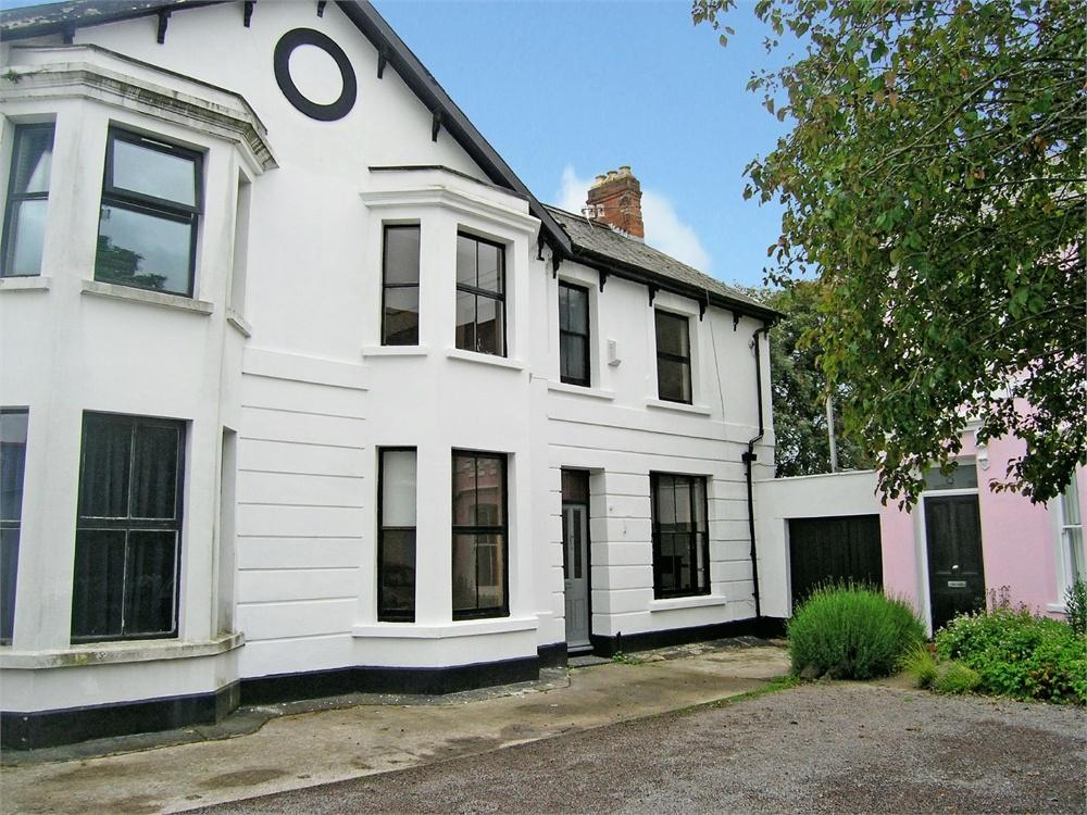4 Bedrooms Semi Detached House for sale in Woodland Place, Roath, Cardiff