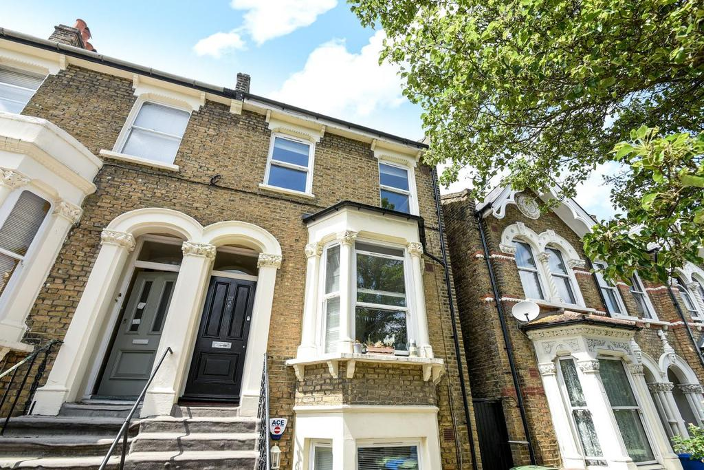 2 Bedrooms Flat for sale in Copleston Road, Peckham, SE15