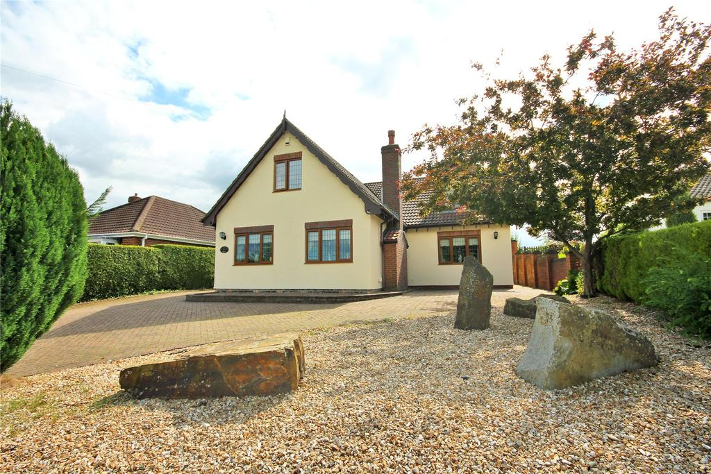 4 Bedrooms Detached House for sale in Top Road, Little Cawthorpe, LN11