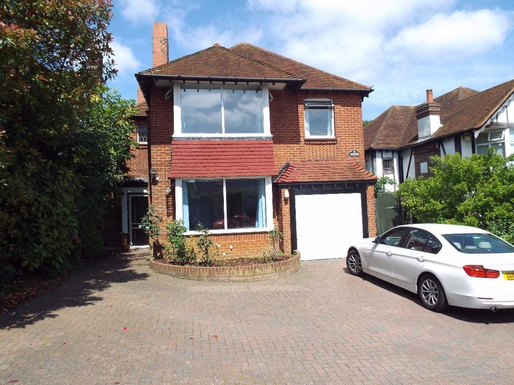 4 Bedrooms Detached House for sale in Woodland Drive Hove East Sussex BN3