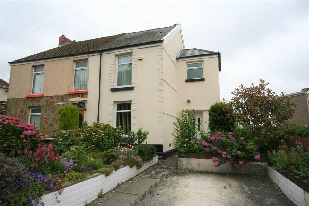 2 Bedrooms Semi Detached House for sale in Heol Fach, Treboeth, SWANSEA