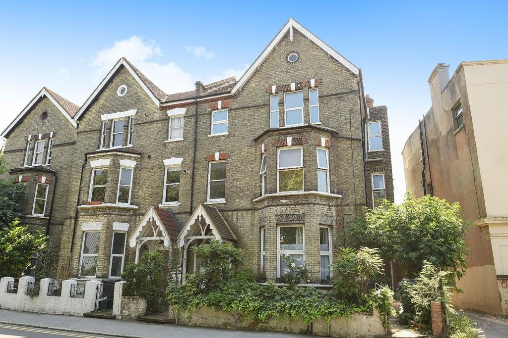 1 Bedroom Flat for sale in Central Hill London SE19