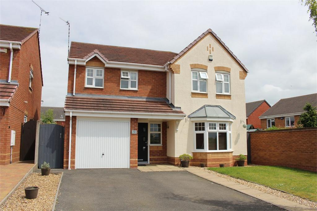 4 Bedrooms Detached House for sale in Shillingstone Drive, Nuneaton, Warwickshire