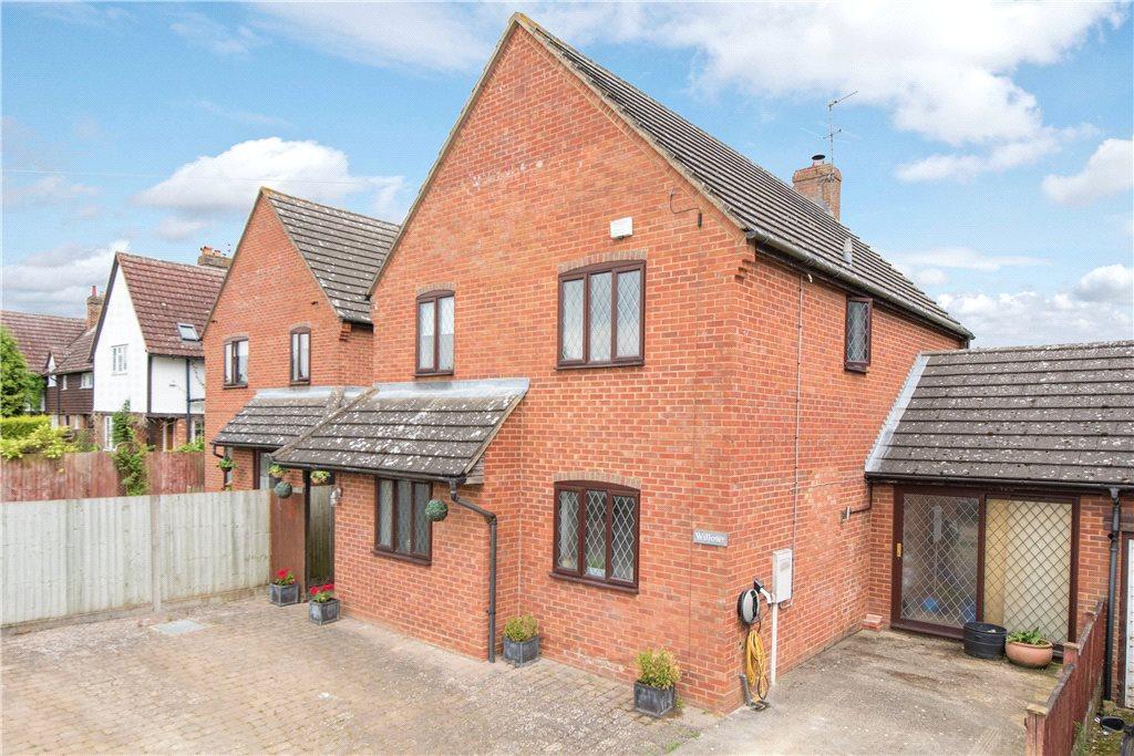 4 Bedrooms Detached House for sale in Grendon Road, Edgcott, Aylesbury, Buckinghamshire
