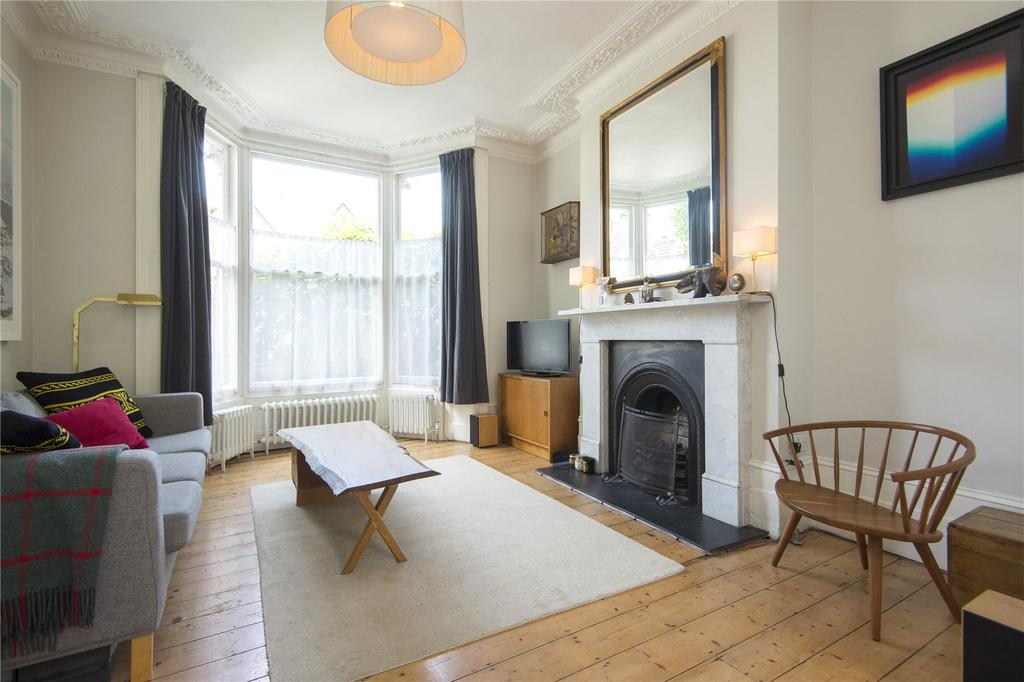 4 Bedrooms House for sale in Powerscroft Road, London, Hackney, E5