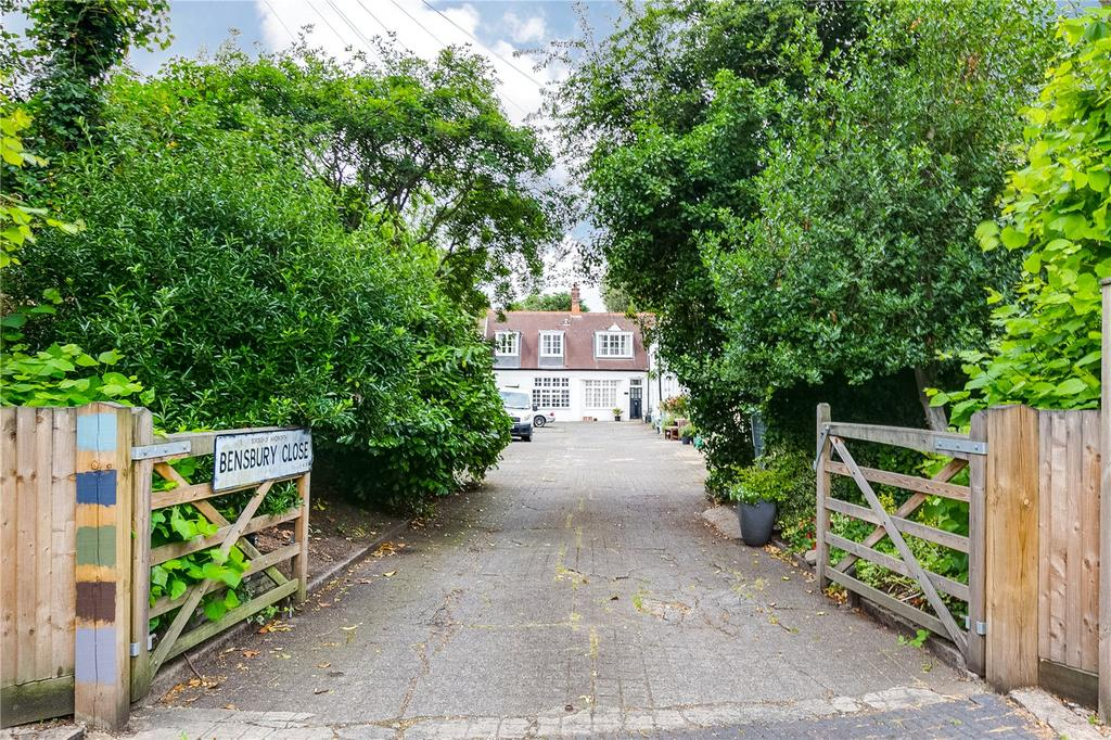 3 Bedrooms Mews House for sale in Bensbury Close, Putney, London
