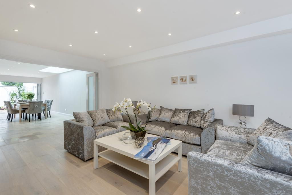 4 Bedrooms Terraced House for sale in Irving Road, Brook Green, London, W14