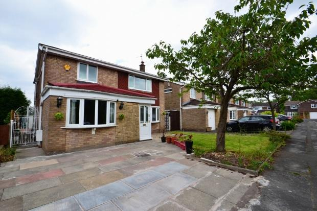 4 Bedrooms Detached House for sale in Wasdale Drive Gatley Sk8 4rt Cheadle