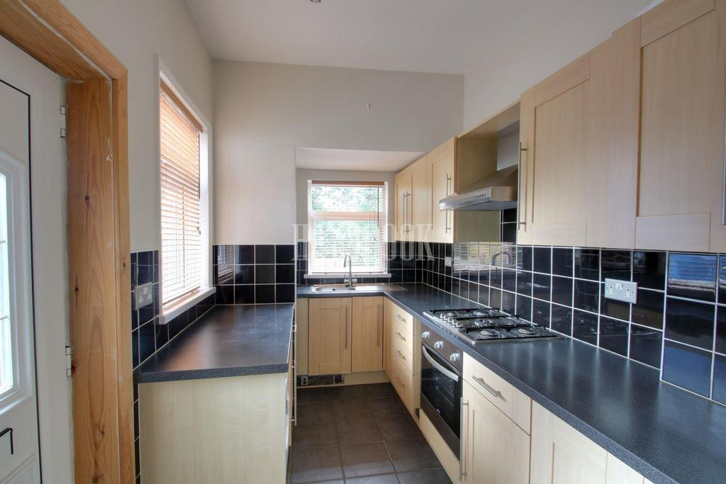 3 Bedrooms End Of Terrace House for sale in Archer Road off Abbeydale Road.