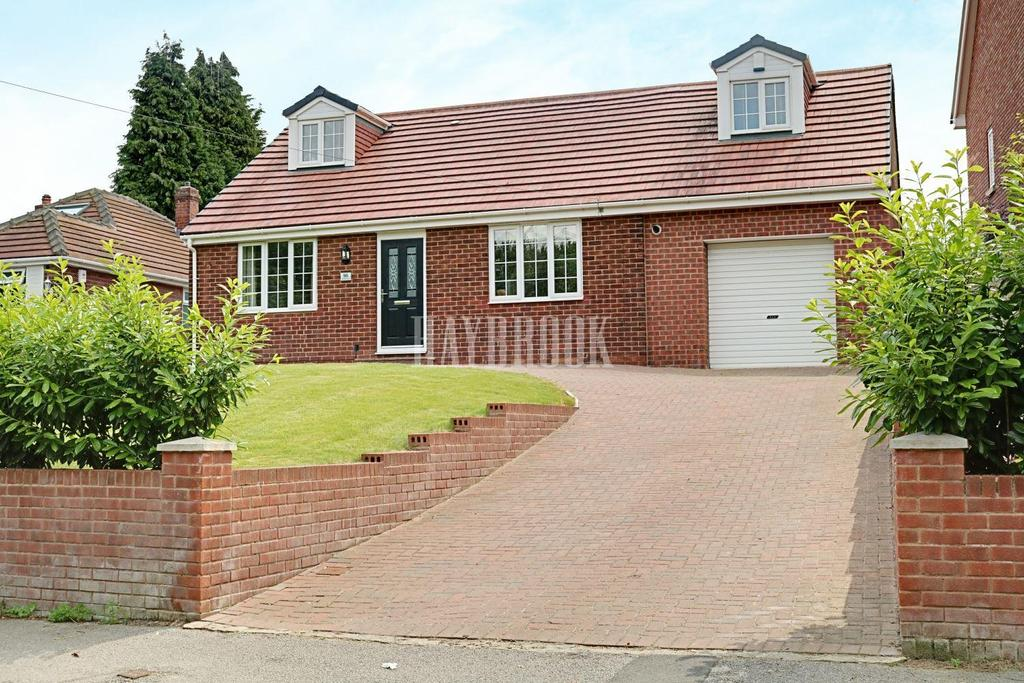 4 Bedrooms Detached House for sale in Summer Lane, Royston