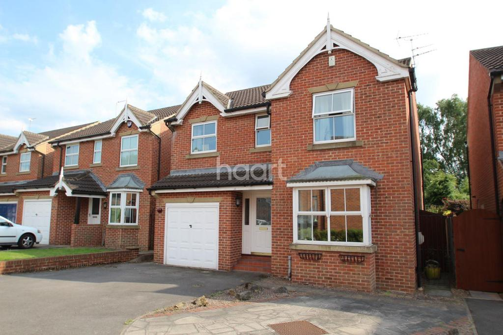 4 Bedrooms Detached House for sale in Conway Court, Bessacar