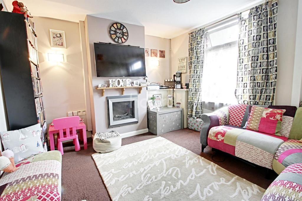 2 Bedrooms Terraced House for sale in Washdyke Lane, Hucknall