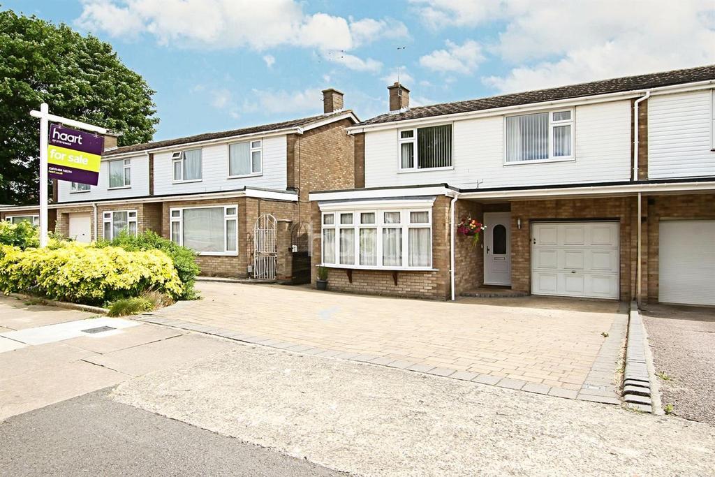 3 Bedrooms Semi Detached House for sale in Mobbsbury Way, Poets Estate, Chells