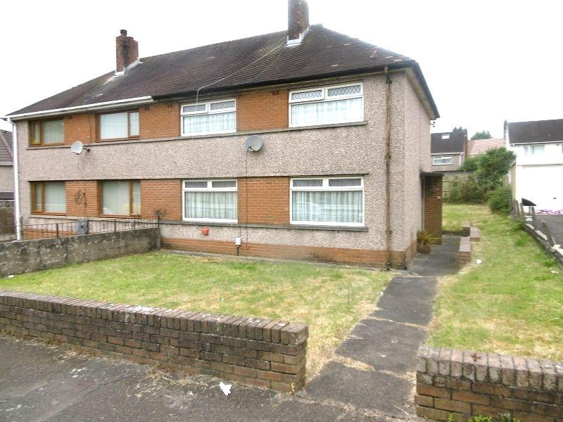 3 Bedrooms Semi Detached House for sale in Llygad Yr Haul , Neath, Neath Port Talbot.