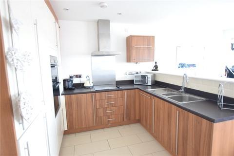 2 bedroom apartment to rent - Cedar Drive, Seacroft, Leeds, West Yorkshire