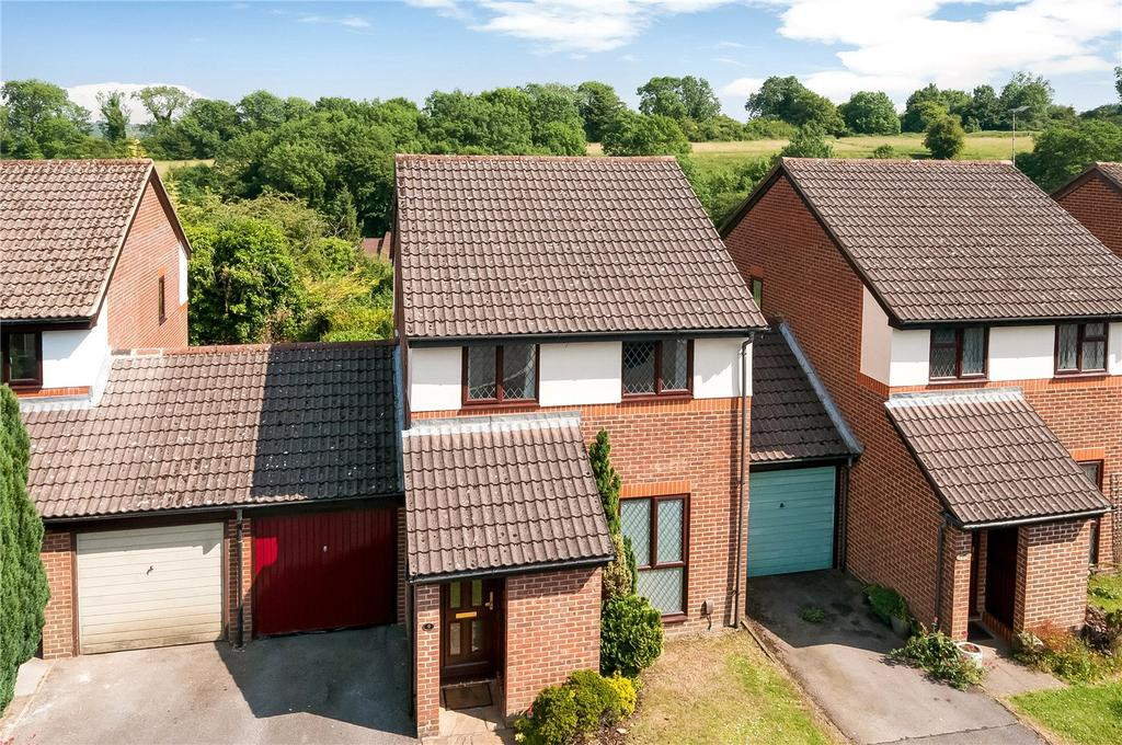 3 Bedrooms Link Detached House for sale in Kestrel Close, Winchester, Hampshire, SO22