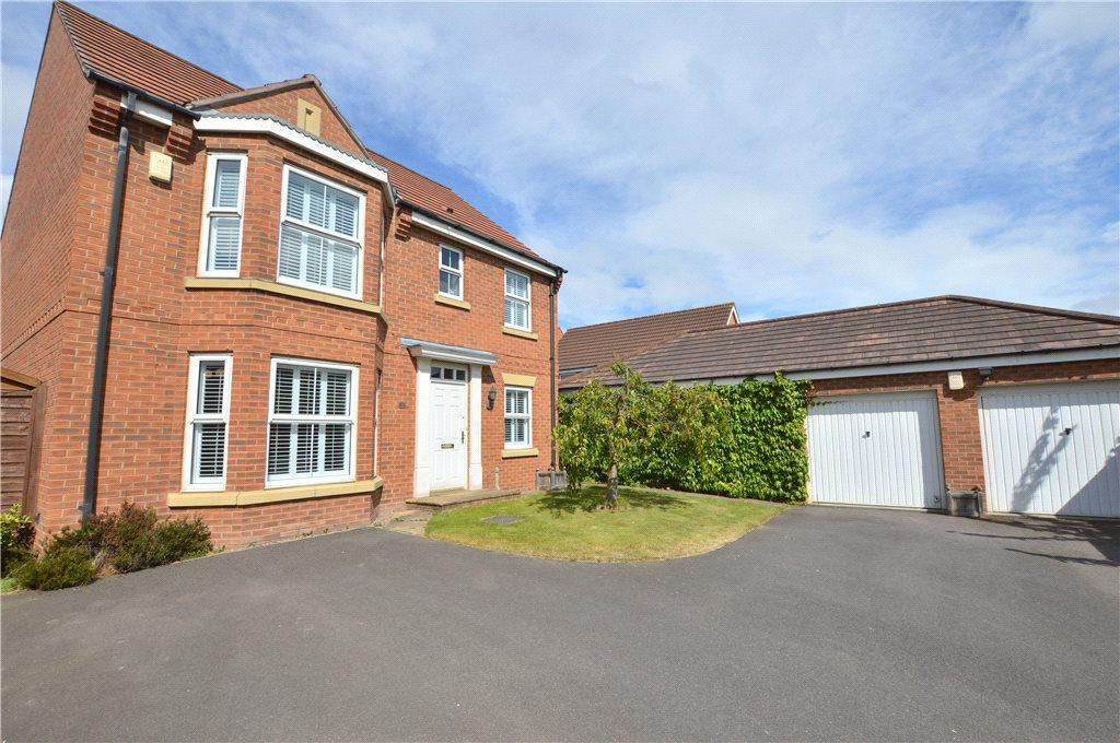 4 Bedrooms Detached House for sale in Bowlers Court, Wakefield, West Yorkshire
