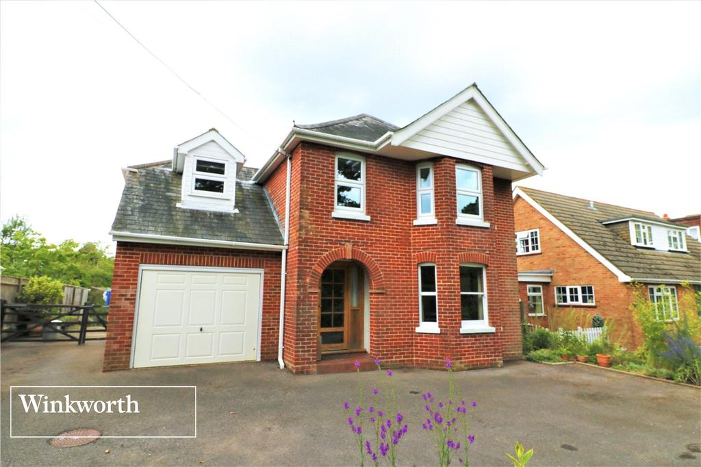 4 Bedrooms Detached House for sale in Church Lane, Sway, Lymington, Hampshire, SO41