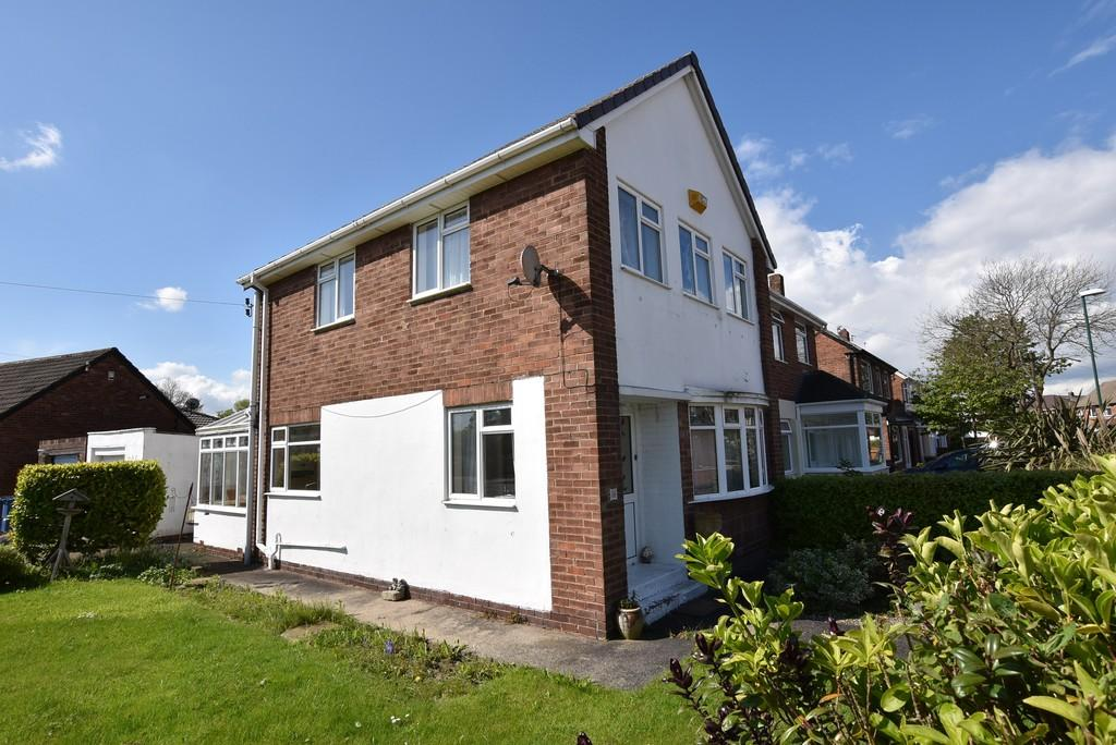 3 Bedrooms Semi Detached House for sale in East Boldon Road, Cleadon Village