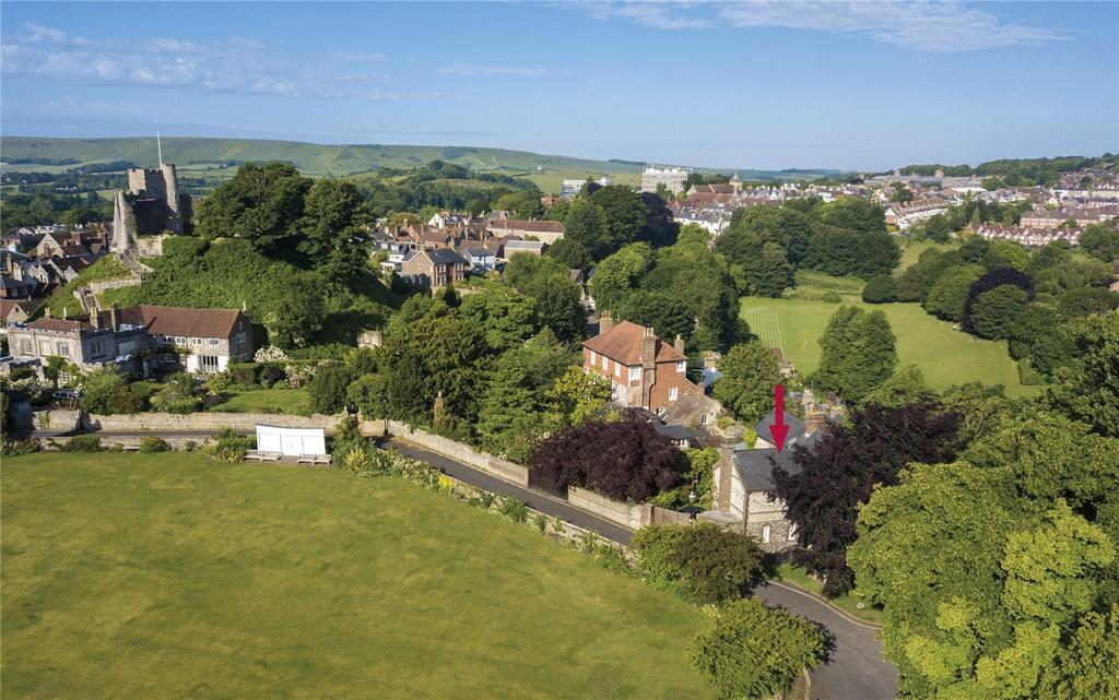 4 Bedrooms House for sale in Castle Precincts, Lewes, East Sussex