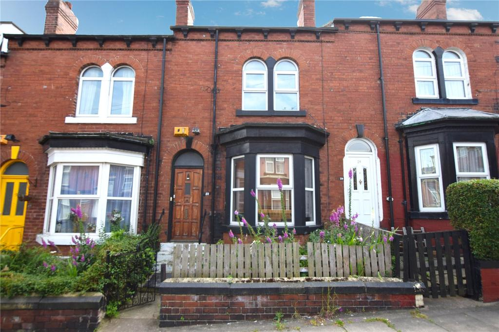 4 Bedrooms Terraced House for sale in Camberley Street, Leeds, West Yorkshire, LS11