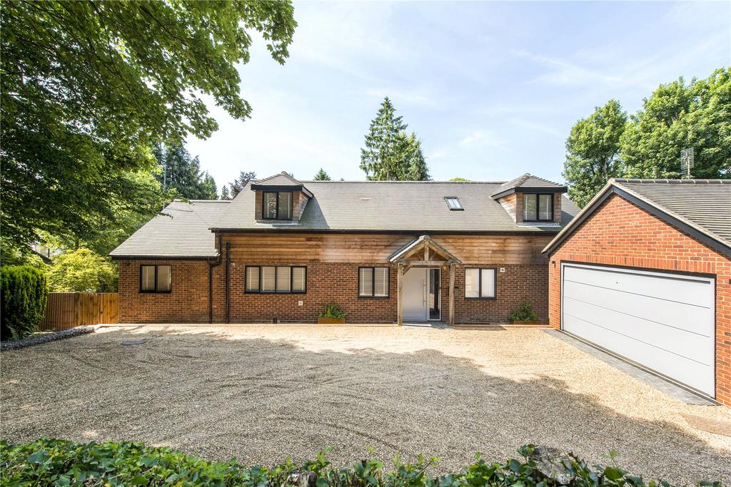 4 Bedrooms Detached House for sale in Loudwater Drive, Loudwater, Rickmansworth, Hertfordshire, WD3