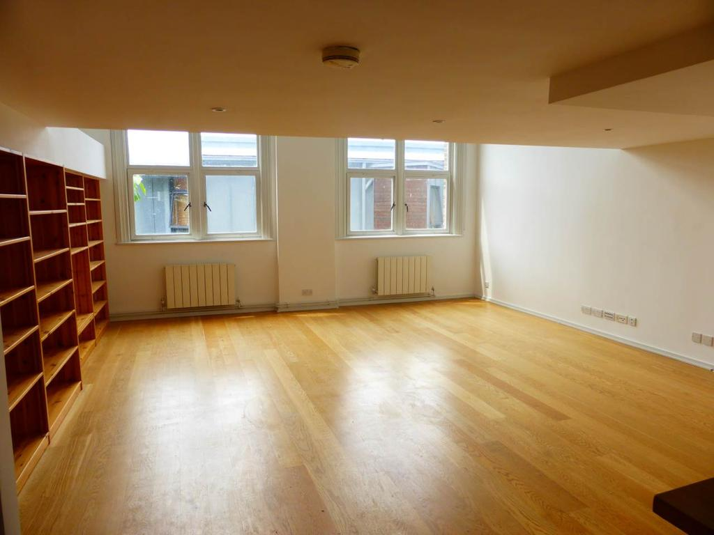 3 Bedrooms Flat for rent in Old College House, Richmond Terrace, Brighton