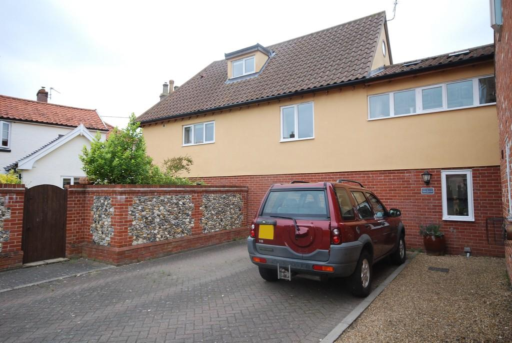 2 Bedrooms Detached House for sale in Crown Courtyard, Kenninghall