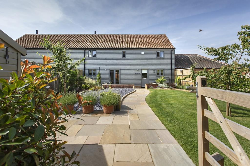 3 Bedrooms Barn Conversion Character Property for sale in Manor Barns, Little Snoring