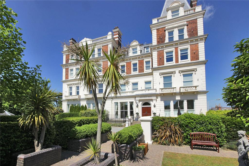 2 Bedrooms Apartment Flat for sale in Molyneux Park Road, Tunbridge Wells, Kent, TN4