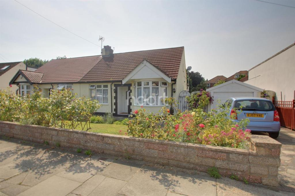 2 Bedrooms Bungalow for sale in Bridge Avenue, Upminster