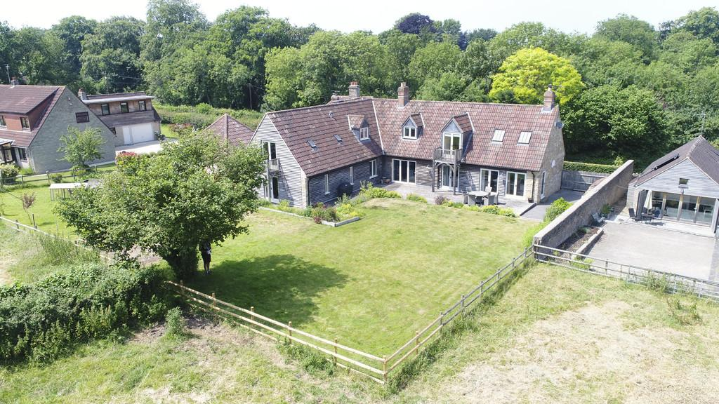 5 Bedrooms Detached House for sale in Mells