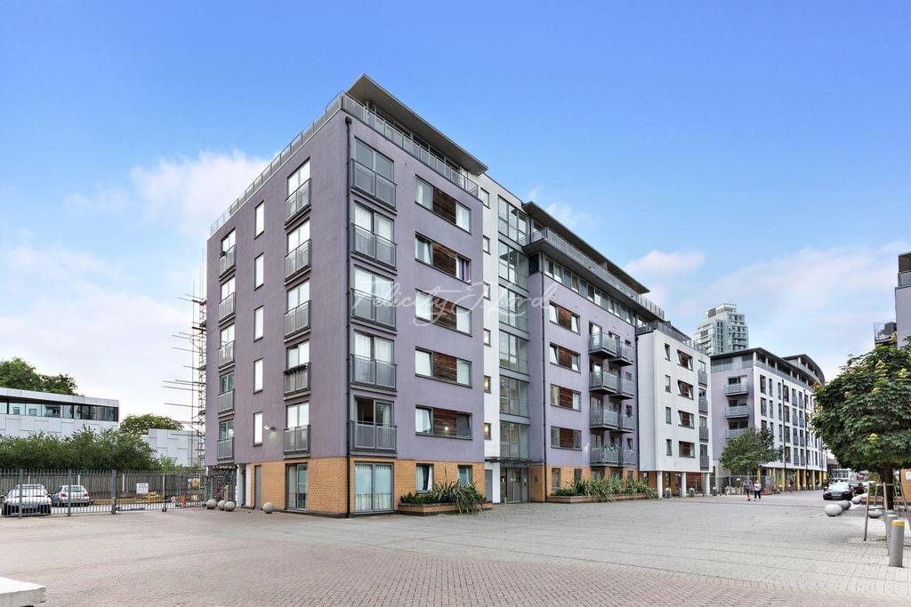 1 Bedroom Flat for sale in Dakota Building, Deals Gateway, London, SE13 7QE