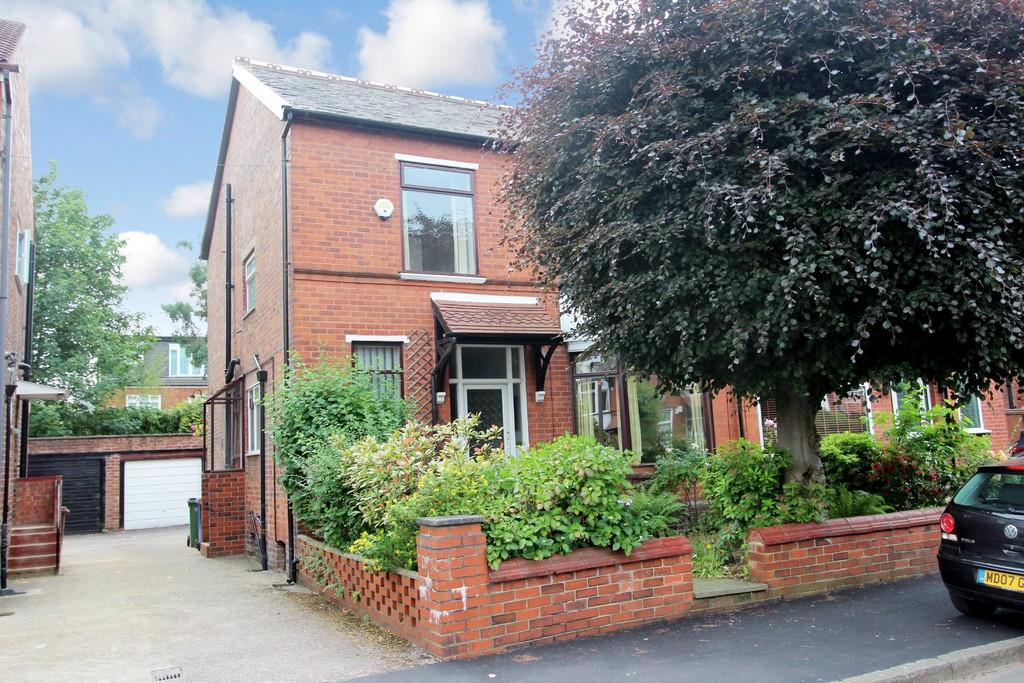 4 Bedrooms Semi Detached House for sale in Lawton Road, Heaton Chapel