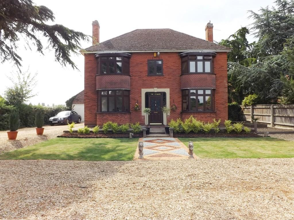 4 Bedrooms Detached House for sale in Gedney