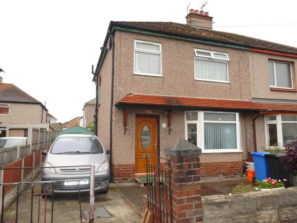 3 Bedrooms Semi Detached House for sale in Netley Road, Rhyl, LL18