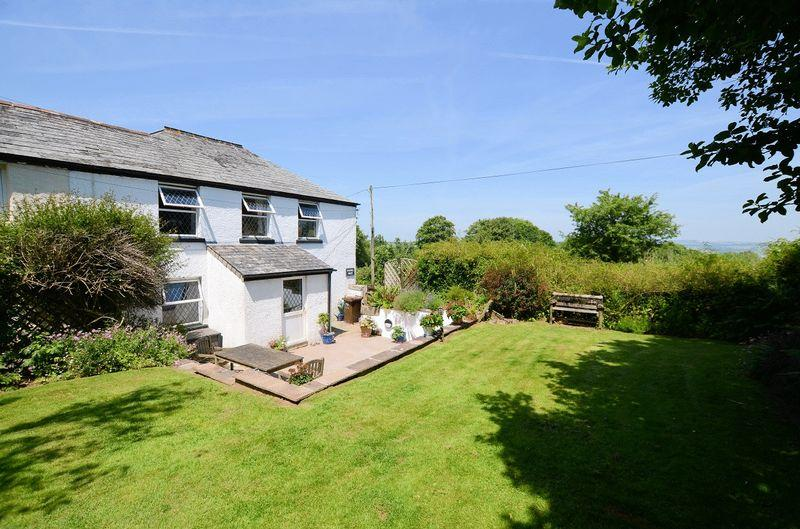 5 Bedrooms Semi Detached House for sale in Higher Downgate, Callington