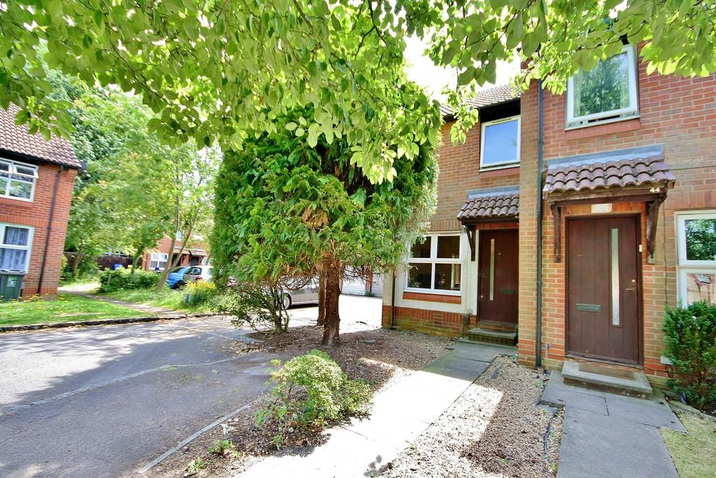 2 Bedrooms End Of Terrace House for sale in Goldsworth Park, Woking