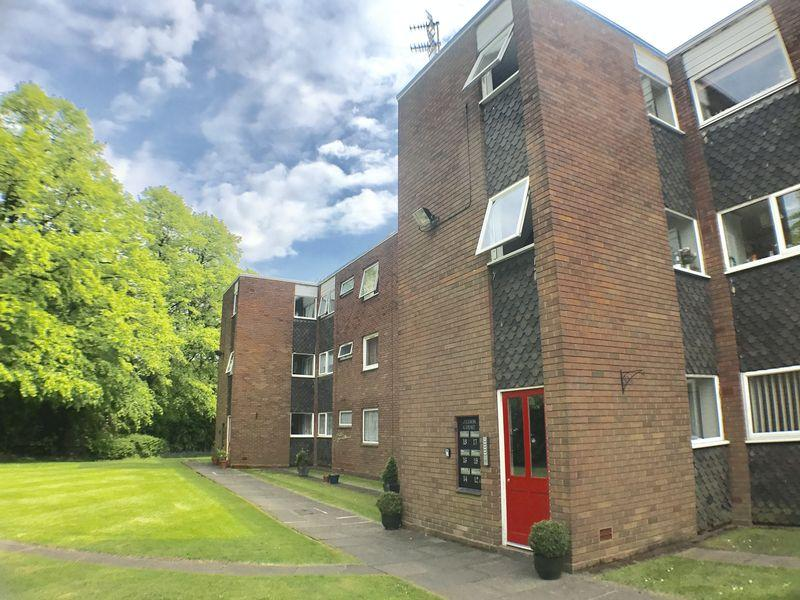 2 Bedrooms Ground Flat for sale in Jesson Court, Jesson Road, Walsall