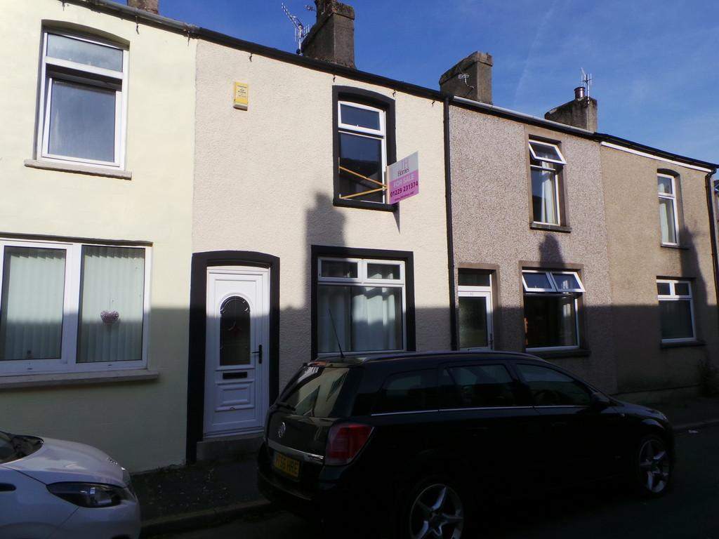 3 Bedrooms Terraced House for sale in Queen Street, Dalton-in-Furness