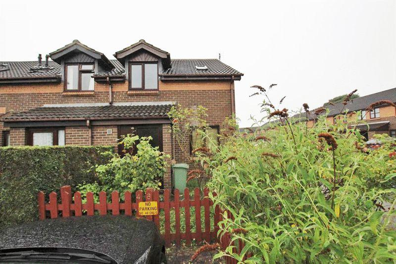 1 Bedroom End Of Terrace House for sale in WATERSIDE DRIVE, GRIMSBY