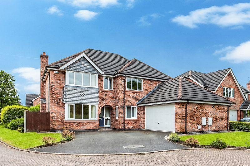 5 Bedrooms Detached House for sale in Higginson Close, Congleton