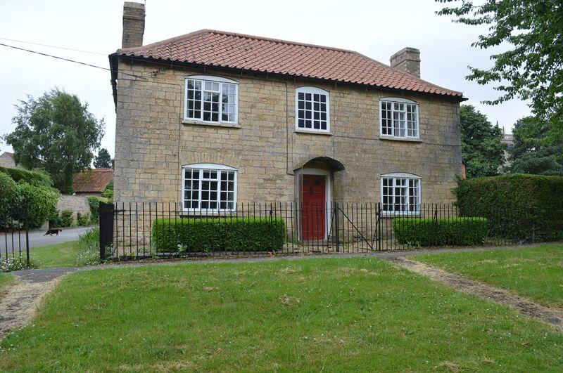3 Bedrooms Detached House for sale in The Green, Potterhanwoth